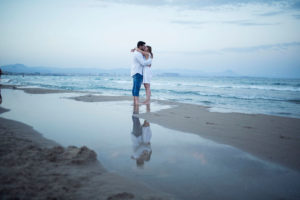 fotografias-de-preboda-en-Alicante-en-la-playa